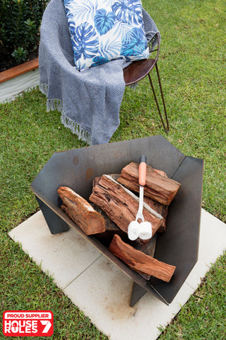 House Rules Supplier | Stahl Firepit Australia | Shayn & Carly's Exterior | Lisa and Andy Firepit | House Rules Fire Pit | Exterior Zones | Outdoor Firepit | Family Time | Toasting Marshmallows | Dream Zone