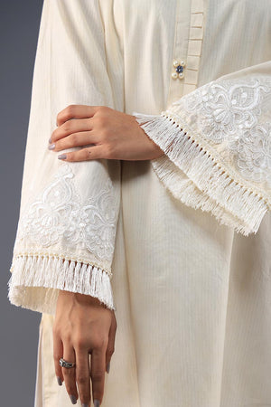 Rana's Creation White Appliqué Detail Fray End Pleated neckline Cotton Kurta
