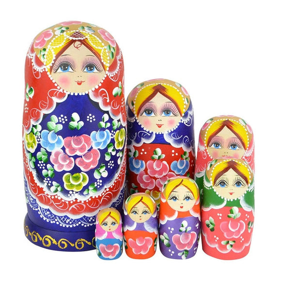 Beautiful Wooden Matryoshka Dolls 7 Pieces