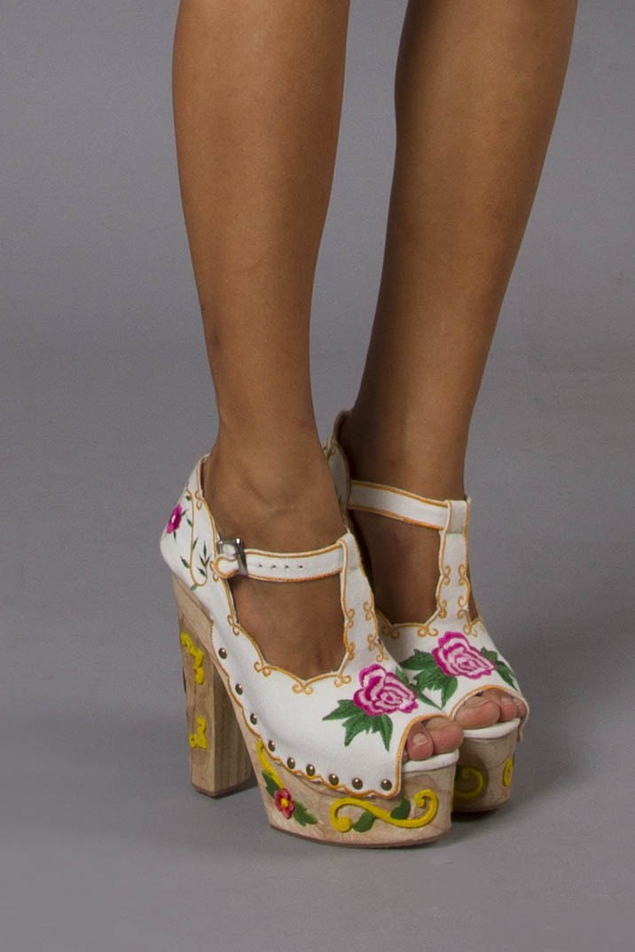 FILLYBOO - AT THE HEART OF IT - PLATFORM WEDGES - WHITE
