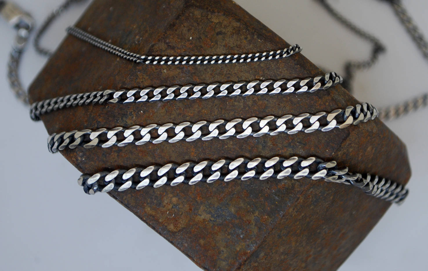 Panzer-Curb-Links-Silver-Chain-5.5