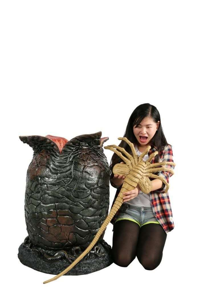 Alien Foam and Latex Life-Size Egg and Face hugger Prop Replica with LED Lights- LM Treasures
