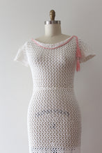 Load image into Gallery viewer, vintage 1930s crochet dress cotton