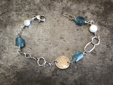 Apatite and Pearl Bracelet