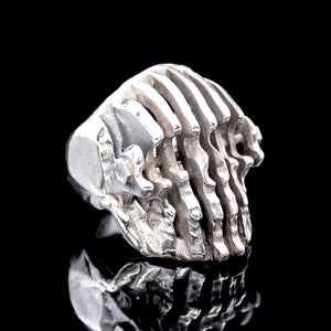 The Doppler Skull Ring silver