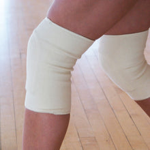 Load image into Gallery viewer, Dance Thin Natural Kneepads, Set of 2, Dancers, Hip Hop
