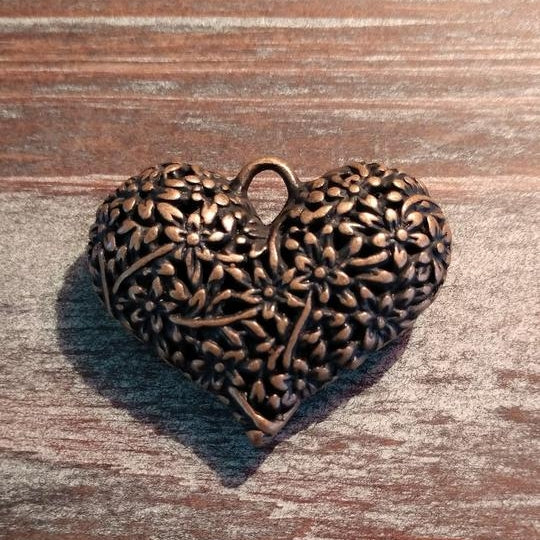 AB-922 - Antique Copper Puffed Heart Pendant With Flowers,33x40mm | Pkg 1