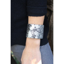 Load image into Gallery viewer, Metallic Cowhide Cuff