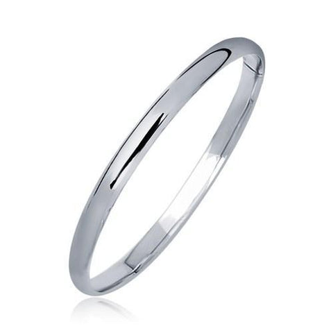 14k White Gold Dome Children's Bangle with a Polished Finish, size 5.5''