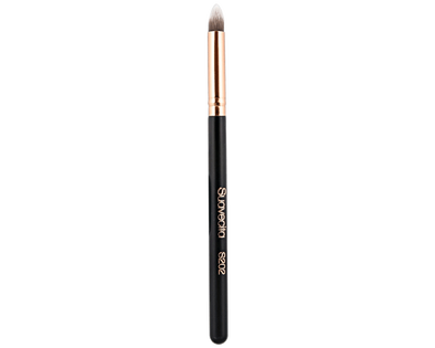 Suavecita Cut Crease Brush - S202