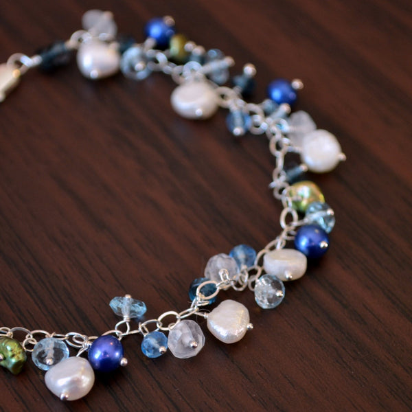 Freshwater Pearl Bracelet in Blue and White - Bluebells