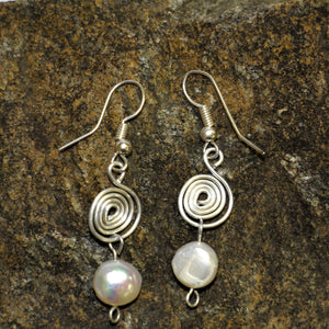 Hypnotic Riverpearl Earrings