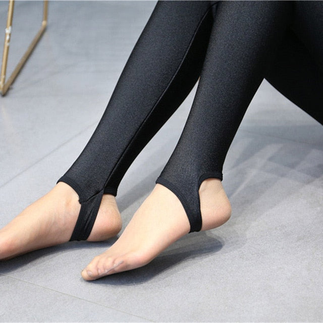 High Quality Winter Warm Women Leggings Plus Thick Velvet Solid Color High Waist Pants Legins Femme Plus Size 5XL Casual Legging-geekbuyig