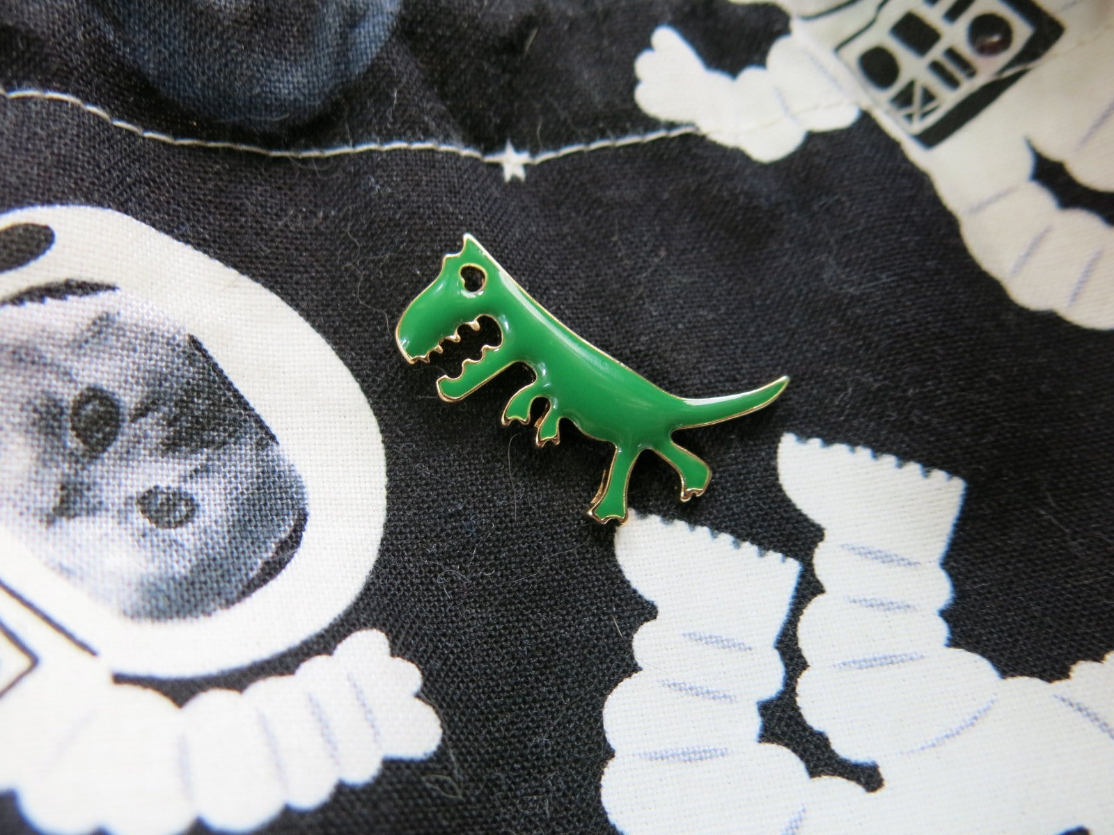 green tyrannosaurus rex dinosaur enamel pin for shirts, bags and backpacks