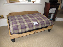 Load image into Gallery viewer, Luxury Dog Bed with Heather Tartan Fabric Cover