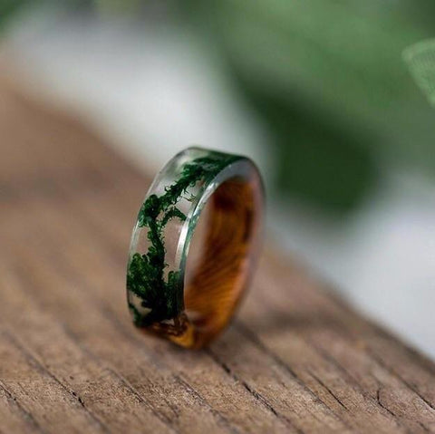 Botanical Moss Resin Ring