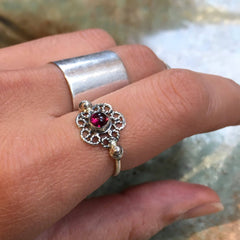 Silver Garnet ring, birthstone ring, January birthstone ring, Flower ring, stacking ring, Dainty ring, simple thin ring - Establish R2480