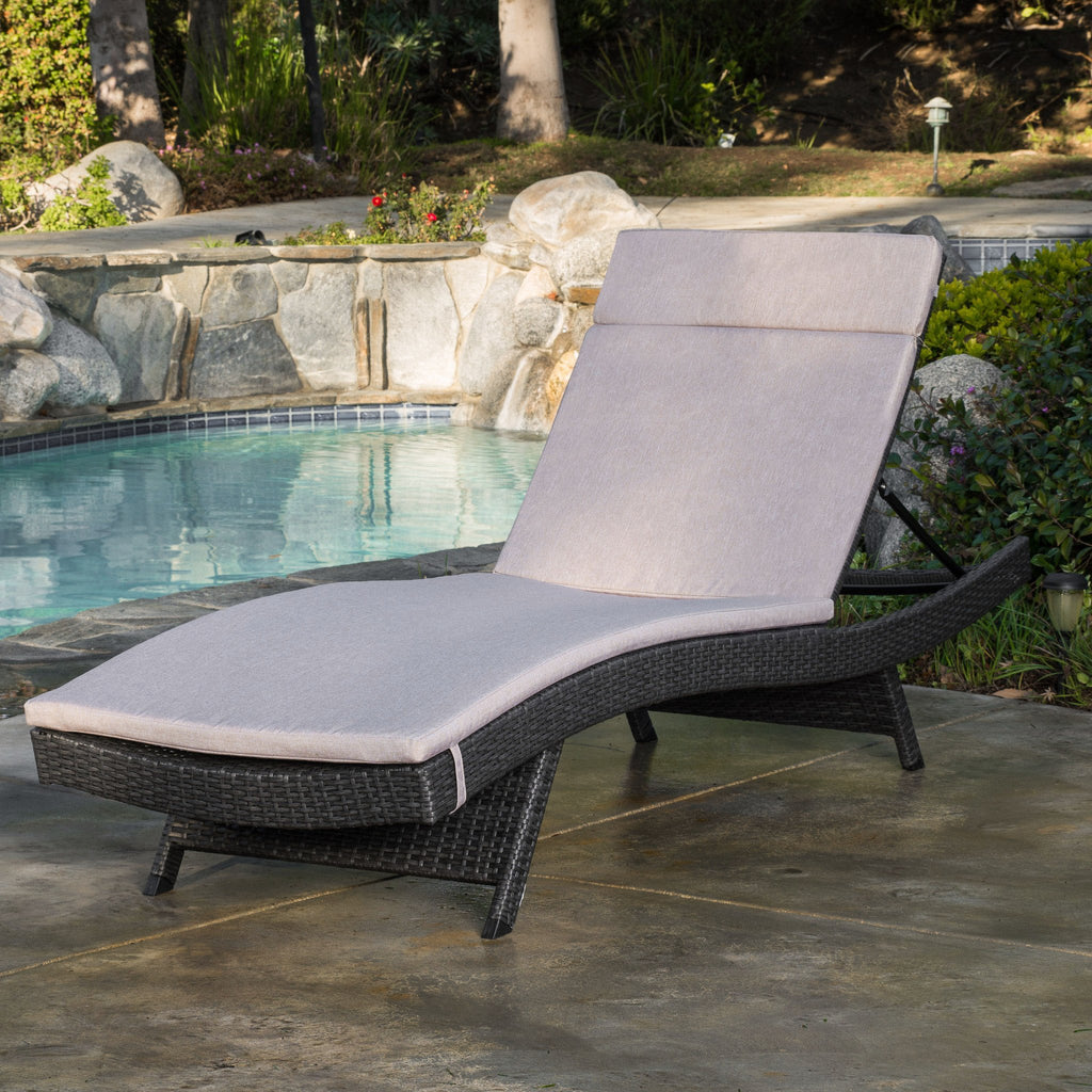 Lakeport Outdoor Grey Wicker Adjustable Chaise Lounge W