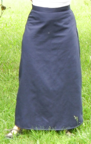 A Line Skirt navy on model
