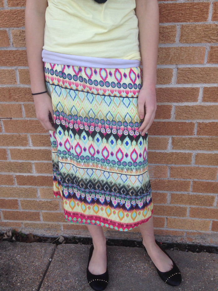 Yellow print knee length or maxi skirt