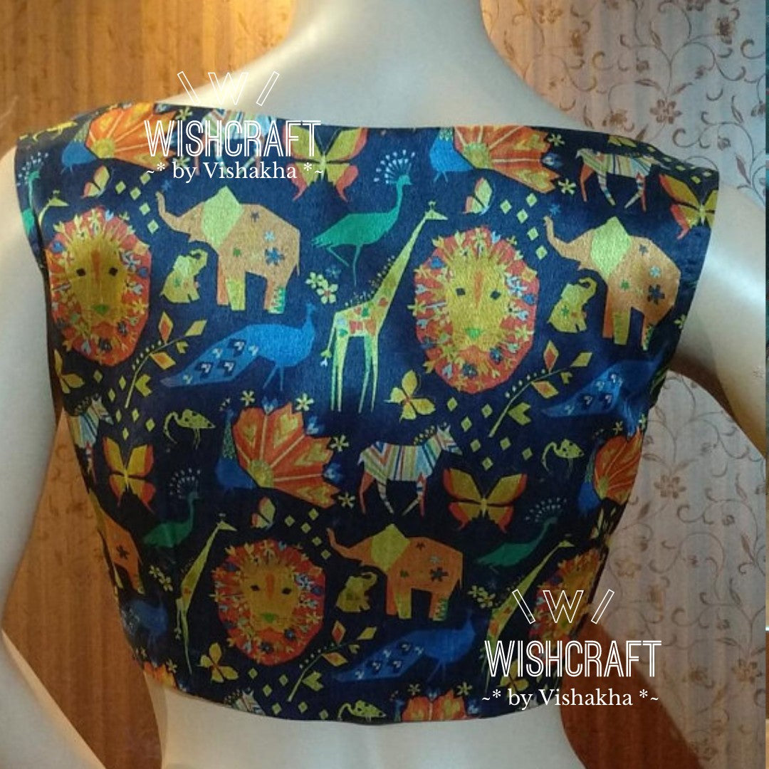 Blouse Design 148 - Trendy boatneck blouse - Limited edition