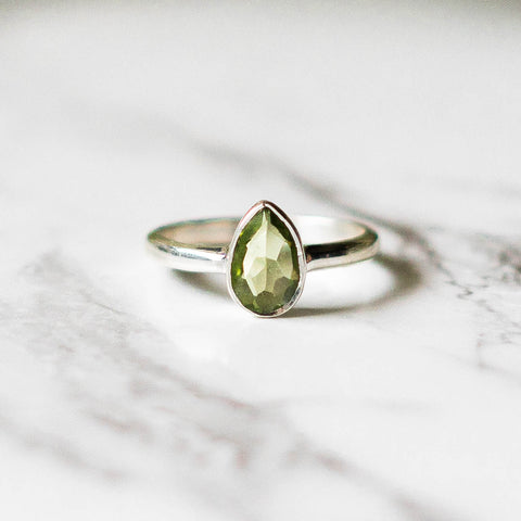 Tear Drop Peridot Ring - Sterling Silver