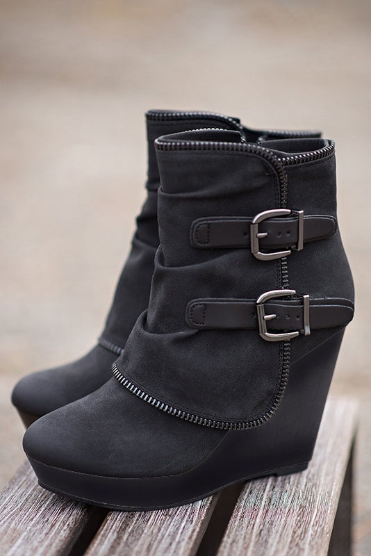 Sexy Women Double Buckle Casual Style Boots - Shop Livezy Lane