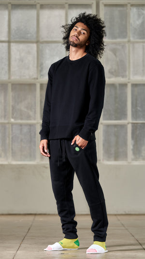 BLACK CREW NECK SWEATSHIRT
