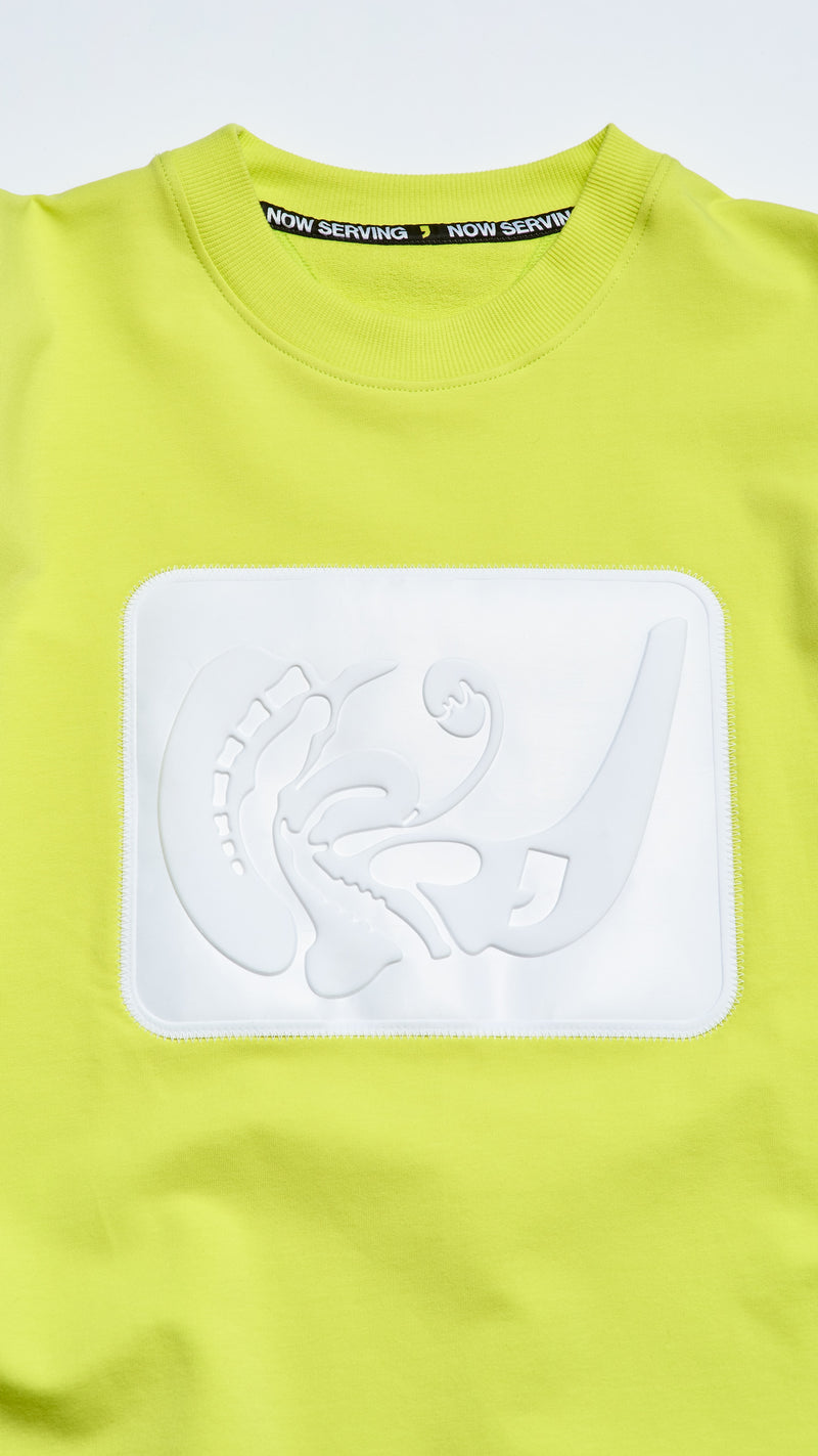 EMBOSSED BOX BOXY TEE
