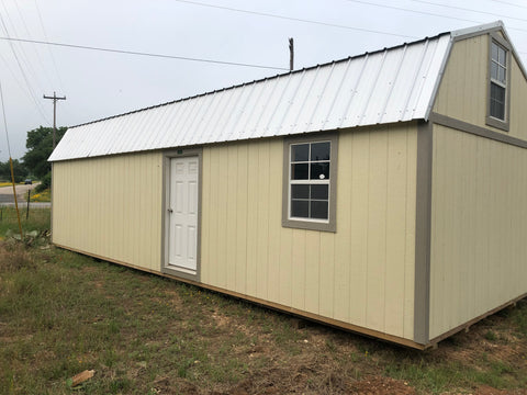 Used Lofted Side Barn Cabin - 12 x 32