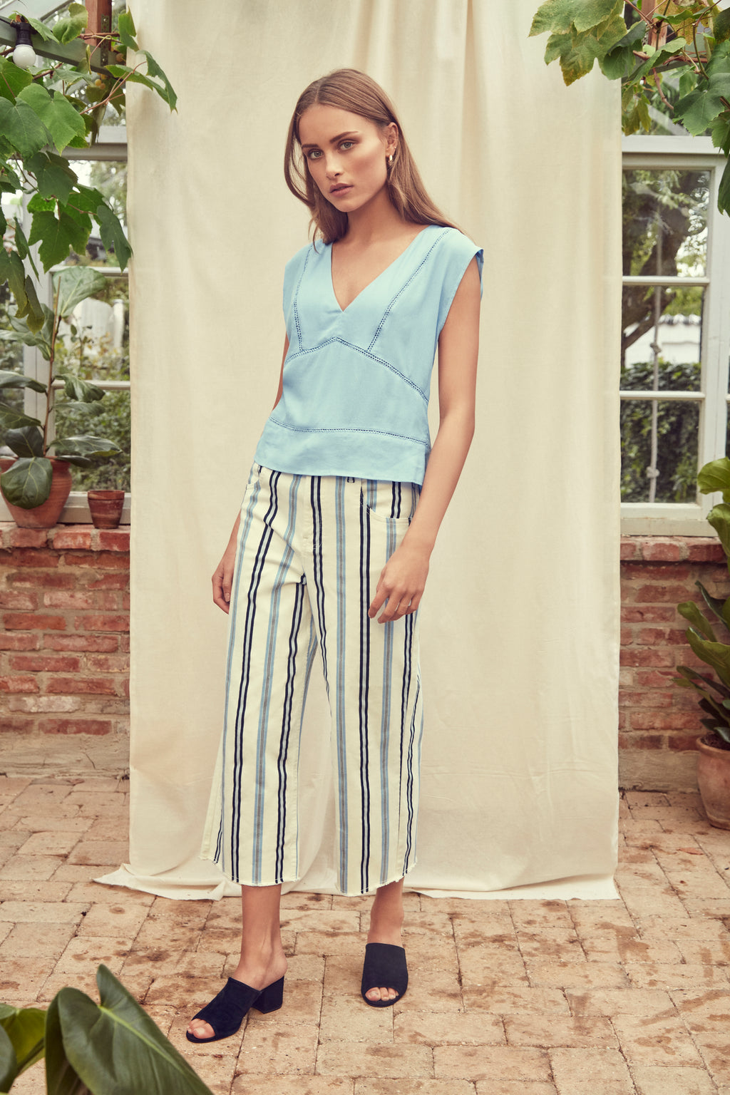 ANNA high-waisted cropped culotte jeans