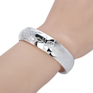 Classic Carving Elegant  Silver Bangles