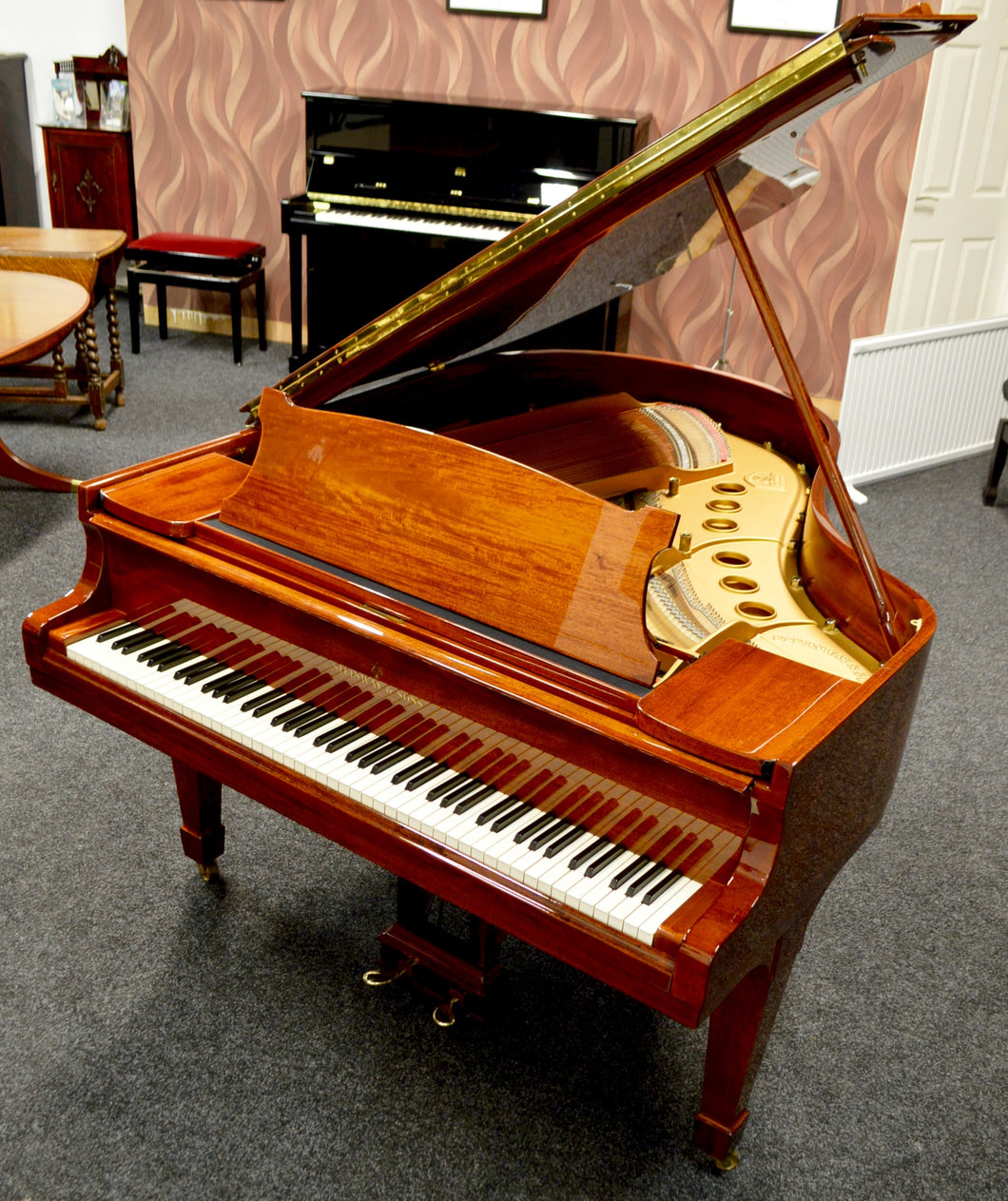 Steinway & Sons Used Grand Piano Model M