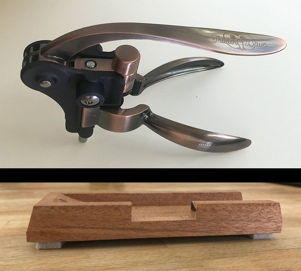 Rabbit Foot Bar-Top Stand for Any Rabbit Wine Opener – Trader Dave's Rabbit Foot