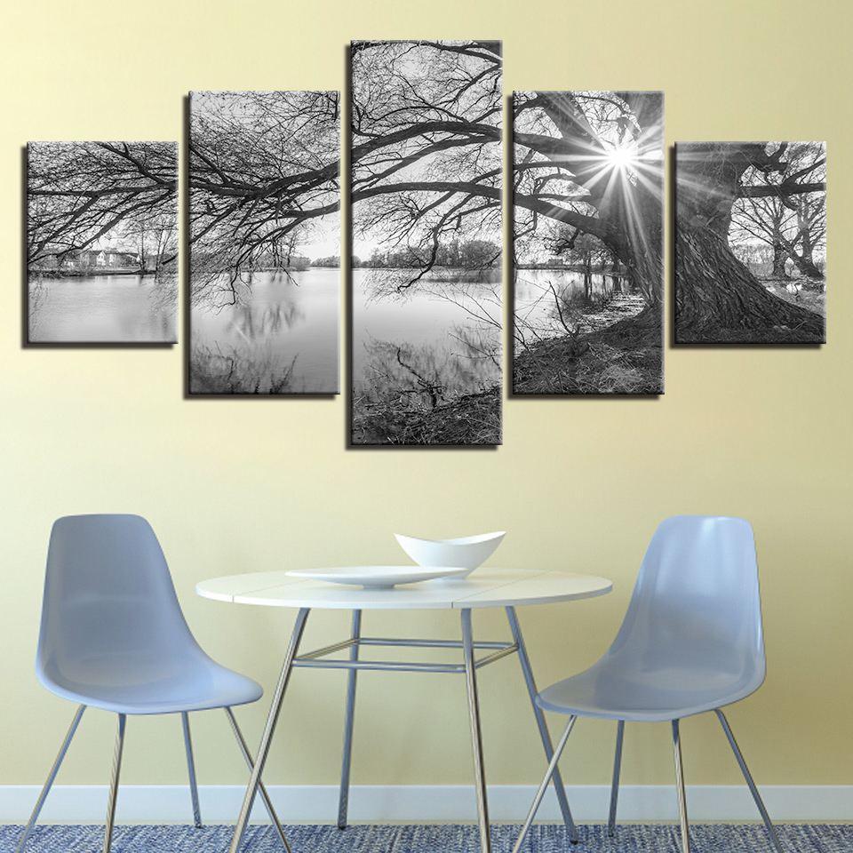 Sun And Shadows in Black And White 5-Panel Canvas Wall Art