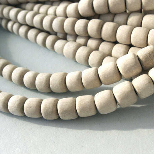 60 Unfinished rondelle wood beads 7-8mm
