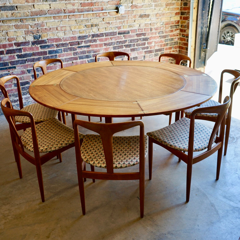 Danish Drylund Lotus Round Expandable Dining Table