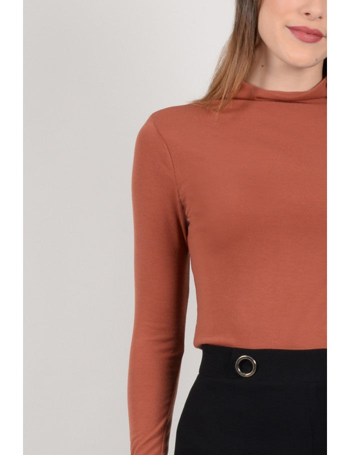 Sweater cuello alto Molly Bracken - Cloe Boutique