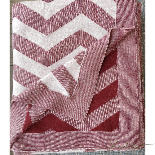 Zig Zag - Sandra Collection - 100% Cotton - Soft Red - knitted throw blanket -reversible-Fussbudget.com