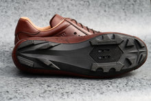Load image into Gallery viewer, Sportivo Gravel. Leather cycling shoes. SPD. Brown & tan. | DROMARTI