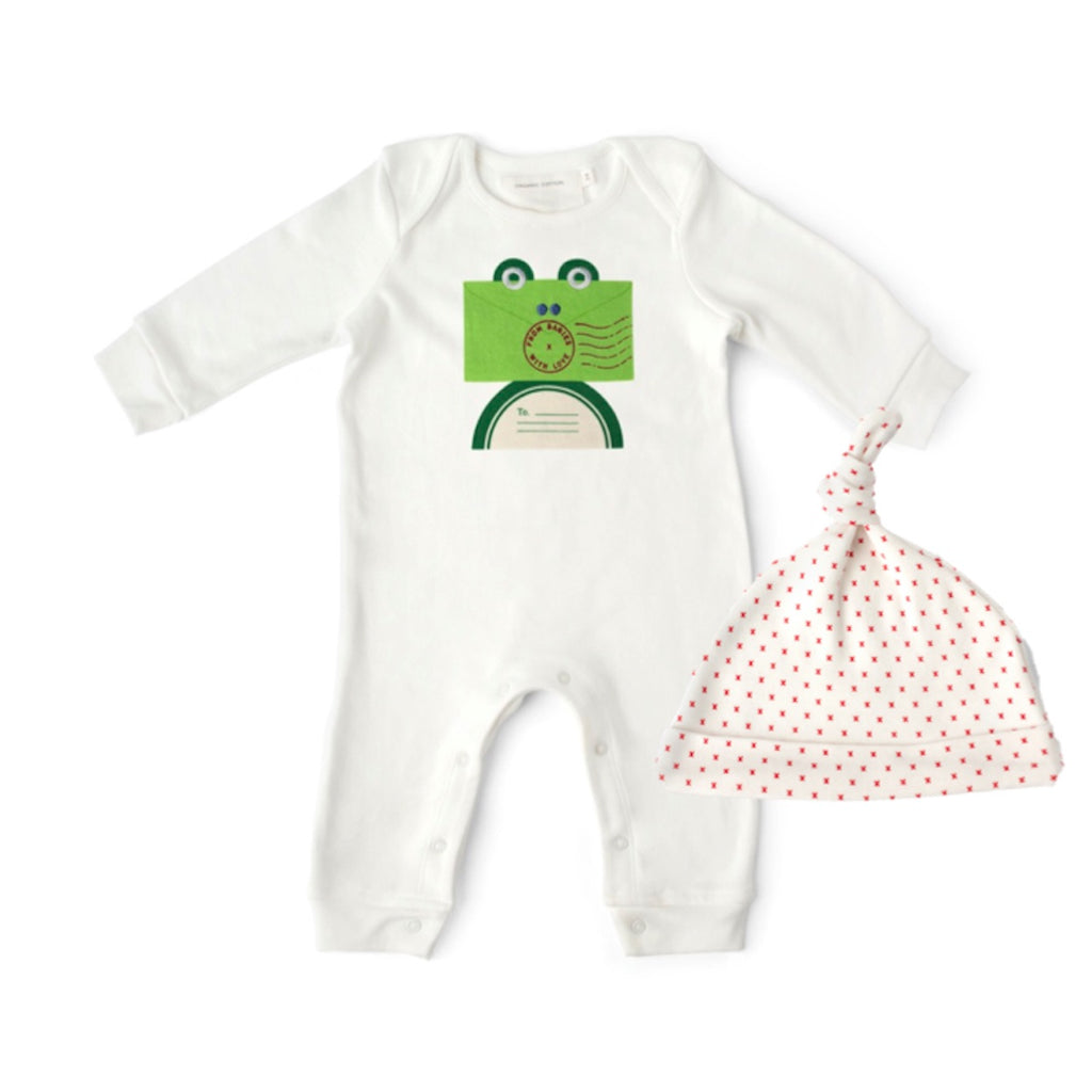 Frog and Kisses Baby Grow and Knot Hat Gift Set. With Complementary Greetings Card and Drawstring Gift Bag.