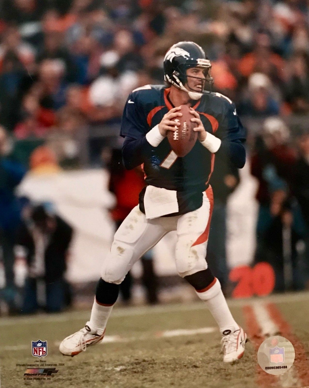 John Elway Denver Broncos unsigned 8x10 photo ( Free Shipping )