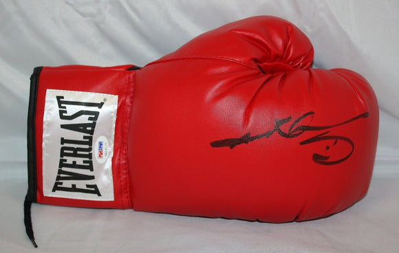Sugar Ray Leonard Signed / Autographed Everlast Boxing Glove- PSA/DNA Auth
