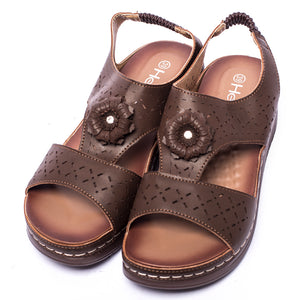 SKU: 079028 - Brown