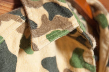 Load image into Gallery viewer, 1990s Five Brother Duck Camouflage Shirt - C.G. Harrison & Co