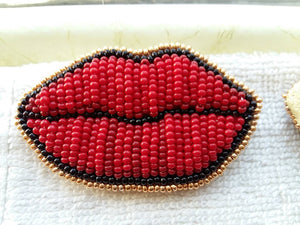 Beaded Tattoo Lip Brooch - Red