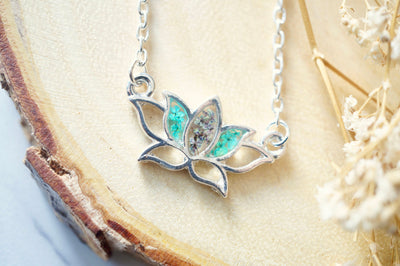 Real Pressed Flowers and Resin Necklace Silver Lotus Flower in Teal and Deep Purple - kdthreads