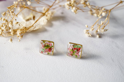 Real Pressed Flowers and Resin Stud Earrings in Pink Green Mix - kdthreads