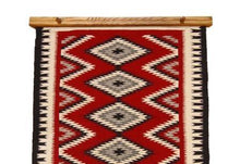 Load image into Gallery viewer, Quilt and Rug Hanger 24""