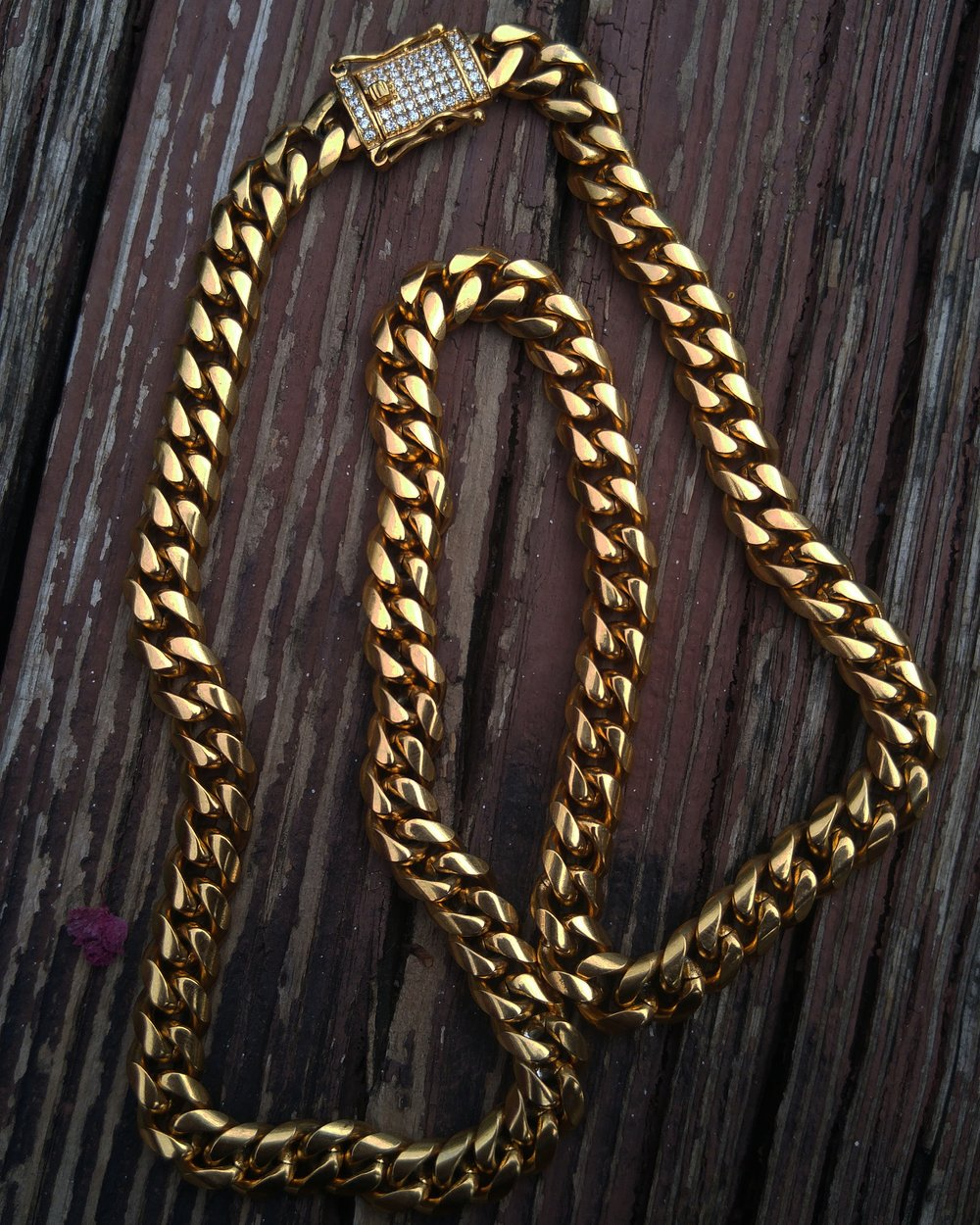 10mm  lab diamond clasp cuban link